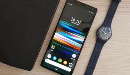 Обзор телефона Sony Xperia 10 Plus